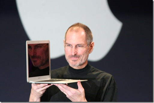 Steve_Jobs_with_MacBook_Air